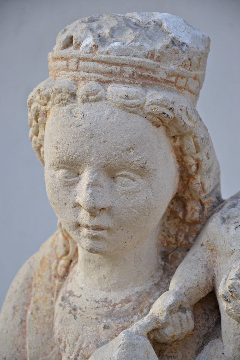 Th c virgin and child stone sculpture france