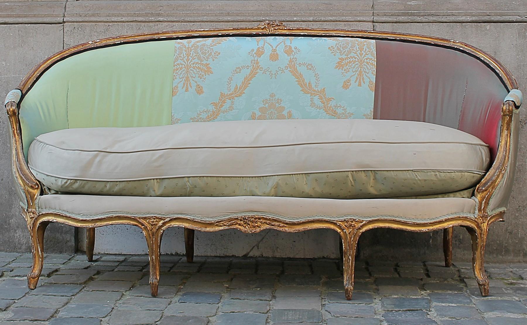 18th C Louis Xv Sofa Sofas Seating Galerie Des Minimes