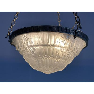 Art deco ceiling light in molded glass and silvered bronze