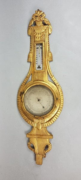 Carved and gilded wood barometer, 18th