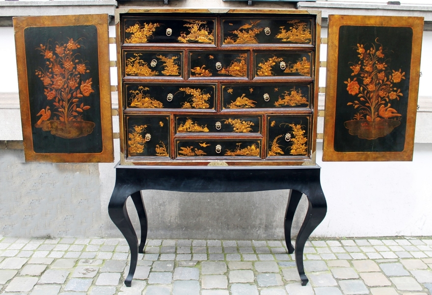 Chinese Cabinet, 18th.c