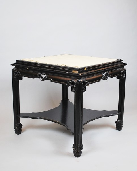 Chinese style gueridon in black lacquered by Chambon, Bruxelles
