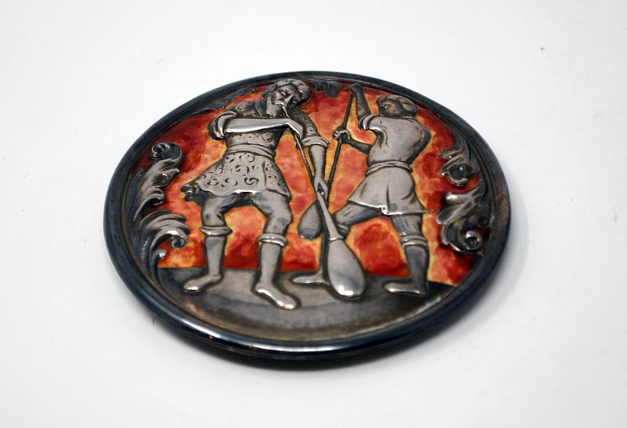 Enameled silver medalion