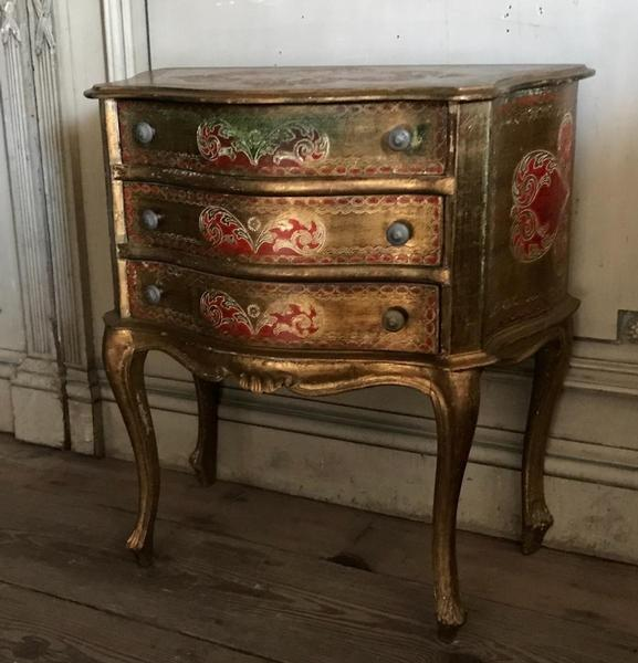 Florentine chest of drawers