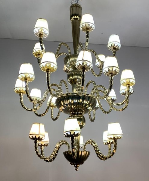 Important three floors and gilded Murano Chandelier