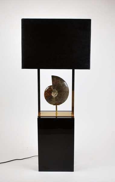 Large auxiliary lamp in brass and black lacquered wood