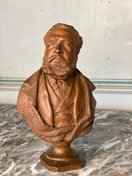 Male Bust Carved In Fruit Wood Late Nineteenth Century