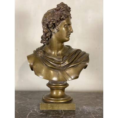 Medal patina bronze bust of Apollo