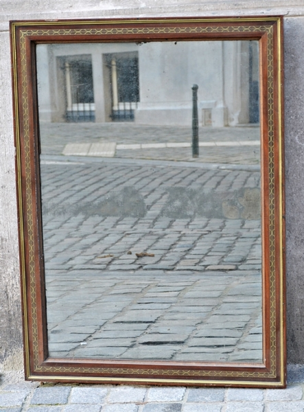Mirror in wood inlaid brass, begin 19thC