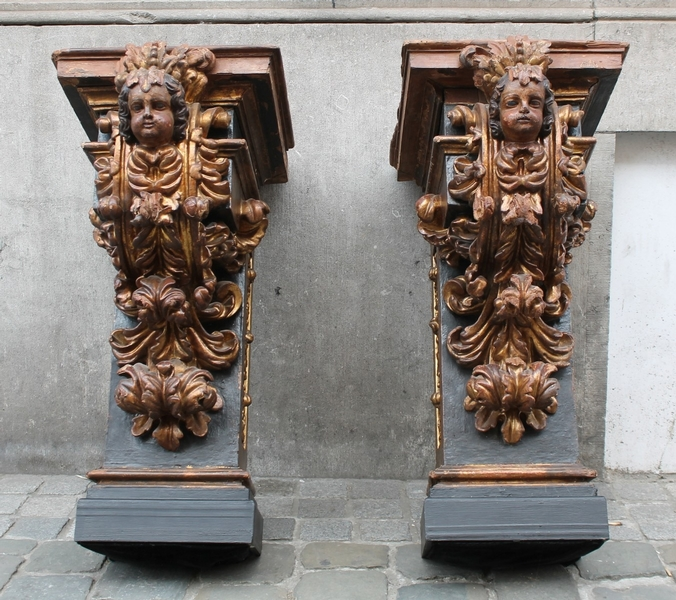 Pair of early 18th C. gilded consoles