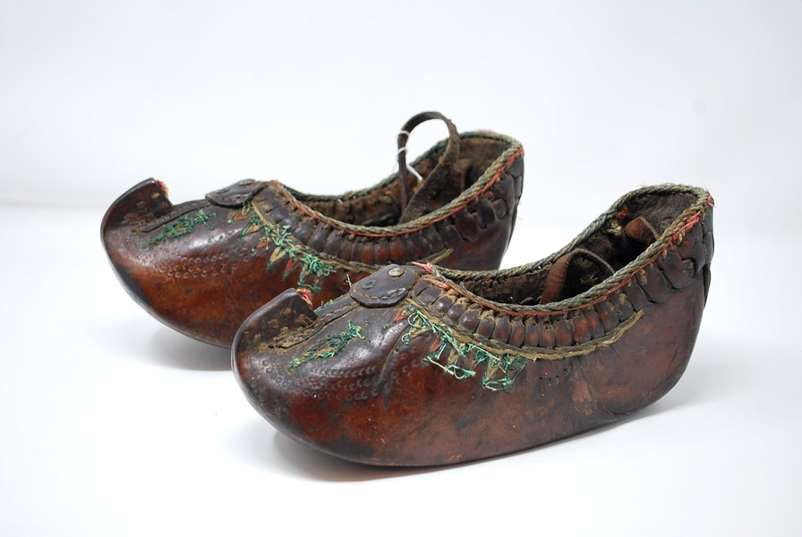 Pair of ethnic leather shoes