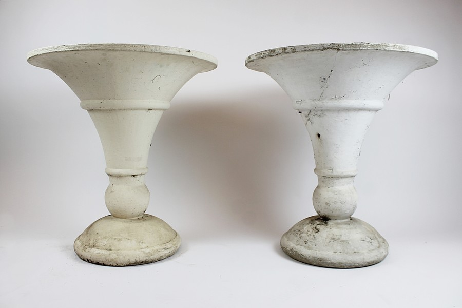Pair of sinks for the garden