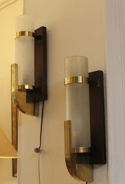 Pair of wall lamps in brass