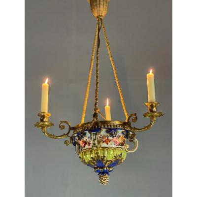 Porcelain Chandelier, Three Arms Of Light In Bronze And Gilded Copper, XIXth Century