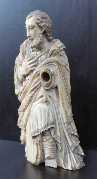 Portuguese carved ivory, 18th C.