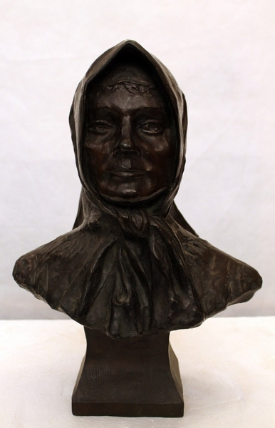 Veiled woman, bronze sculpture by Charles Auvray