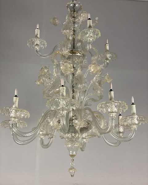 Venetian chandelier in Murano glass, slightly gilded