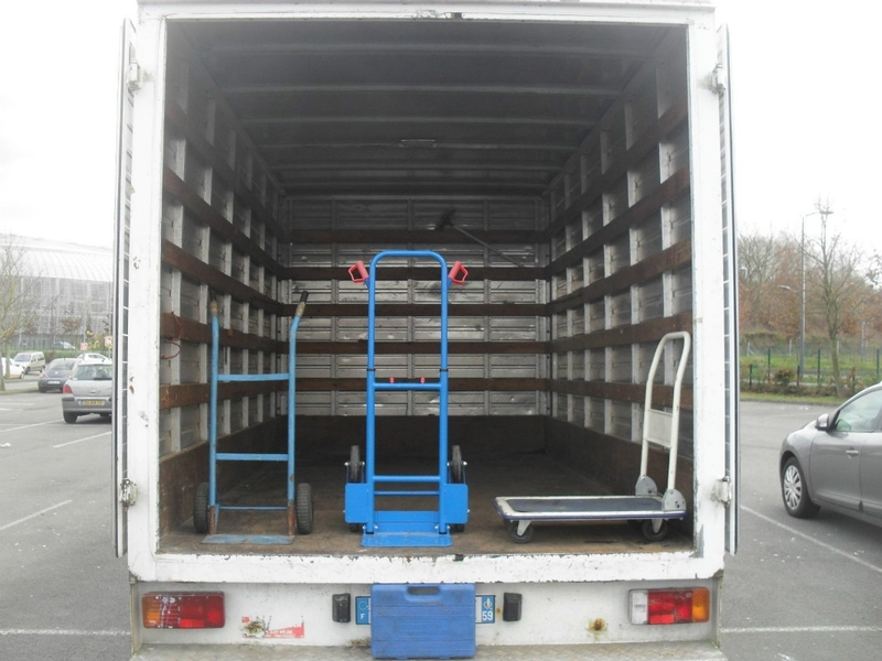 We can put you in contact with trustworthy transporters